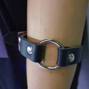 HANDMADE ROW SMALL RING JOIN LEATHER WRISTBAND BLACK